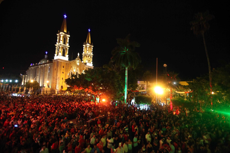 Grito de la Independencia por El Alcalde Alejandro Higuera